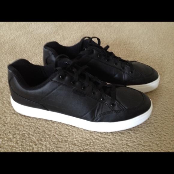411e0c84a7bc Fila Other - MEN s FILA Casual shoe